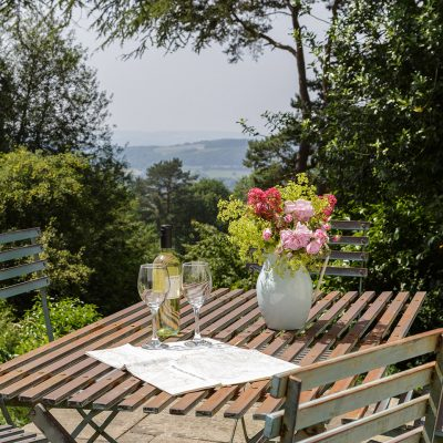 Outside Dining Self Catering Malvern Hills